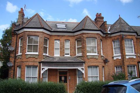 House share to rent - Room to Let on Barrington Road, N8
