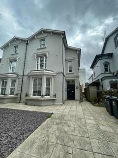 2 bedroom flat to rent - The Parade, Roath, Cardiff