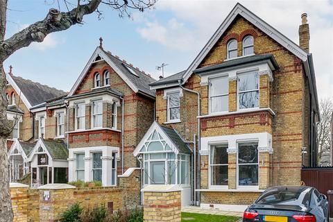 5 bedroom detached house for sale - Grosvenor Road, London, W4