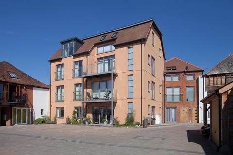 3 bedroom flat for sale - Brown Street, Salisbury