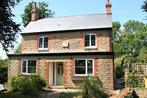 3 bedroom detached house to rent - Chapel Lane, South Marston, Swindon, Wiltshire, SN3 4SN