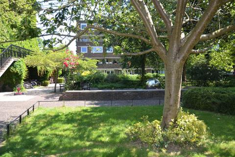 1 bedroom apartment for sale - Justin Close, Brentford