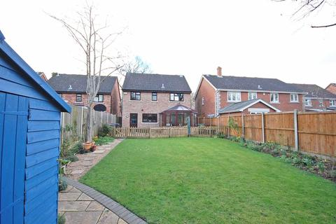 4 bedroom detached house for sale - Windermere Drive, White Court, Braintree