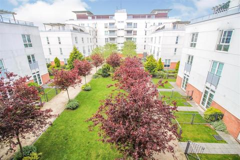 2 bedroom flat for sale - Watkin Road, Leicester