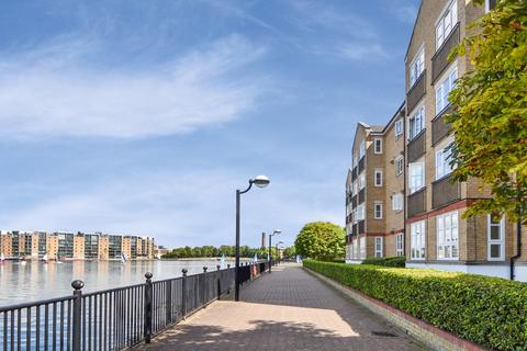 2 bedroom flat to rent - Wheat Sheaf Close, Canary Wharf E14