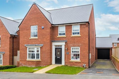 4 bedroom detached house for sale - Woodsley View, Adel, LS16