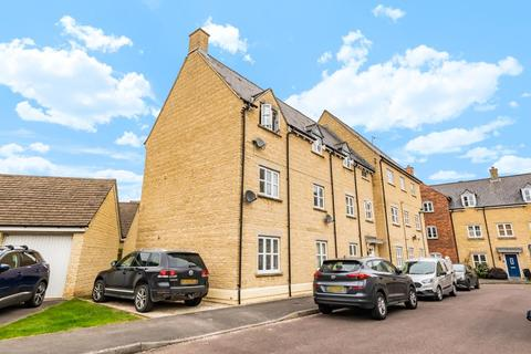 2 bedroom apartment to rent - Sherbourne House,  Cherry Tree Way,  OX18