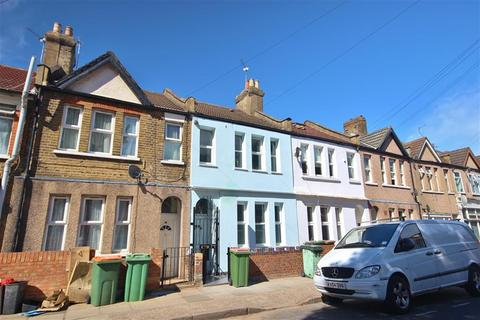 4 bedroom terraced house for sale - Chadwin Road, Plaistow, London, E13 8ND