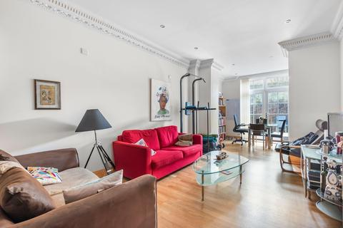 2 bedroom flat for sale - School Mews, London E1