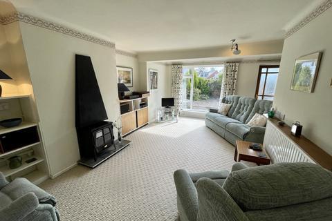2 bedroom semi-detached bungalow for sale - Main Street, Burton Joyce, Nottingham