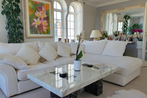 4 bedroom apartment for sale - Sea Road, Bournemouth