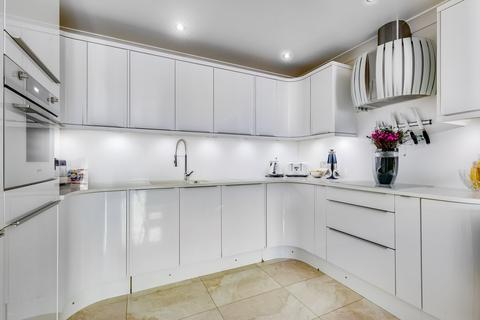 2 bedroom flat for sale - Russell Road, W14