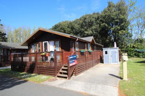 2 bedroom mobile home for sale - Ferry Road, Littlehampton