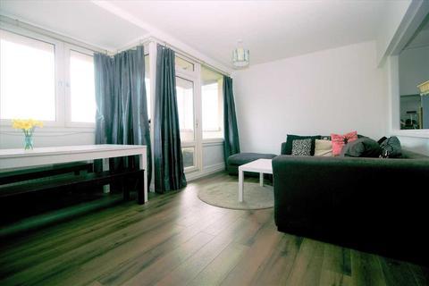 3 bedroom apartment to rent - Sylvia Pankhurst House, Bullards Place, London