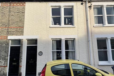 5 bedroom house to rent - Thoday Street, ,