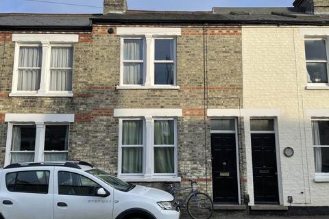 4 bedroom house to rent - Thoday Street, ,