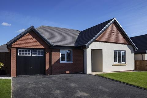 3 bedroom detached bungalow for sale - Long Meadow, Much Hoole