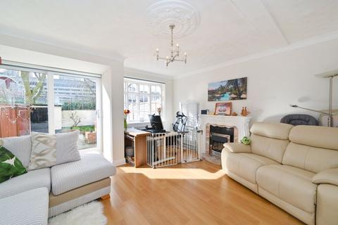 3 bedroom apartment for sale - Pennyfields, London, E14