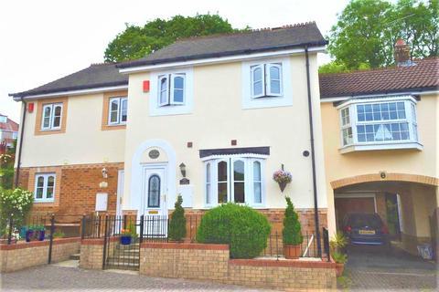 3 bedroom terraced house for sale - Heneage Drive, West Cross, Swansea