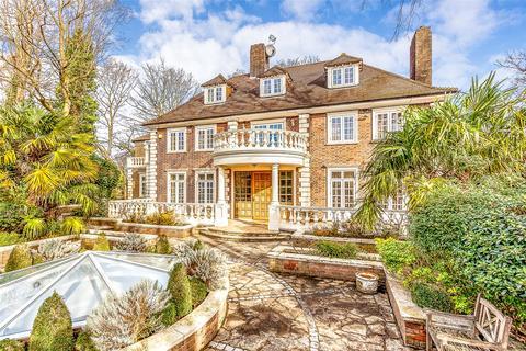 7 bedroom detached house for sale - Denewood Road, Highgate, London, N6