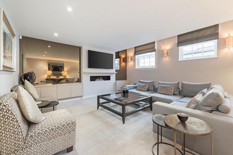 4 bedroom terraced house to rent - Elvaston Mews, South Kensington, London, SW7