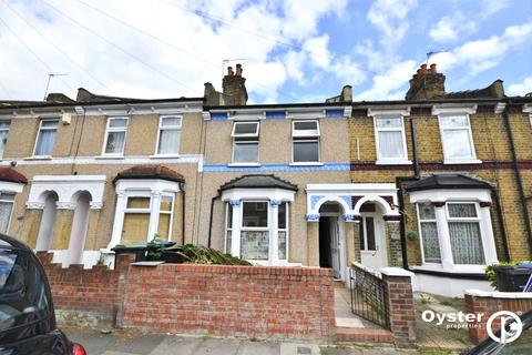 3 bedroom terraced house to rent - Bulwer Road, London, N18