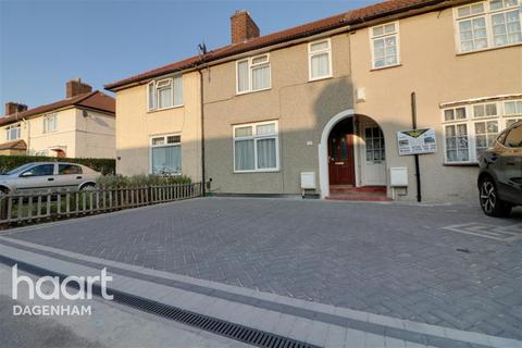 3 bedroom terraced house to rent - Bainbridge Road, Dagenham