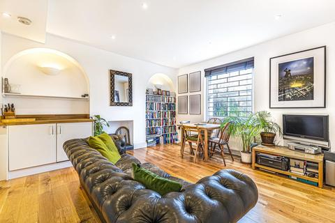 1 bedroom flat for sale - Wickham Road, Brockley