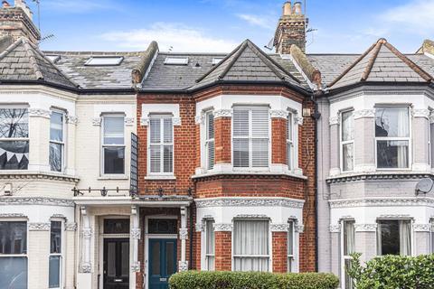 3 bedroom flat for sale - Elspeth Road, Battersea