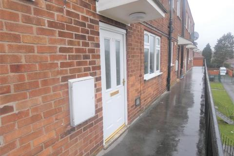 2 bedroom flat to rent - Middleton Road, Manchester, M8