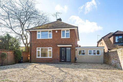 4 bedroom detached house to rent - Swallowfield Street,  Reading,  RG7