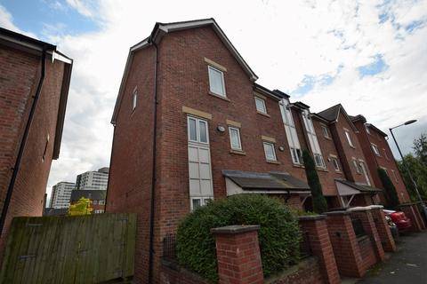4 bedroom townhouse to rent - Bankwell st, Hulme., Manchester, M15 5LN