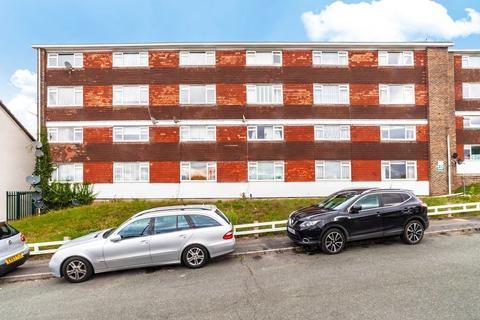 2 bedroom flat for sale - The Lawns, Croydon, London, London, SE19 3TR