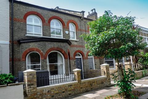 3 bedroom flat for sale - Cleveland Road, London, W4