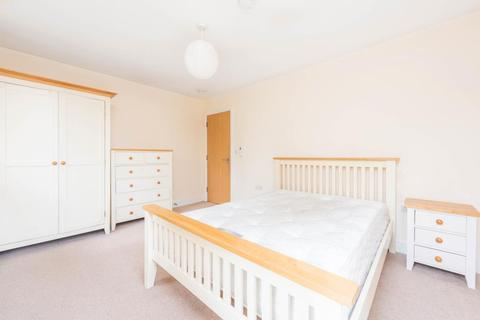 1 bedroom in a flat share to rent - Marcham Road, Abingdon OX14 1AF