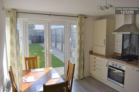 3 bedroom semi-detached house to rent - Mugiemoss Place, Bucksburn, Aberdeen, AB21