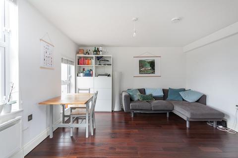 2 bedroom flat to rent - Amhurst Road, Hackney, E8