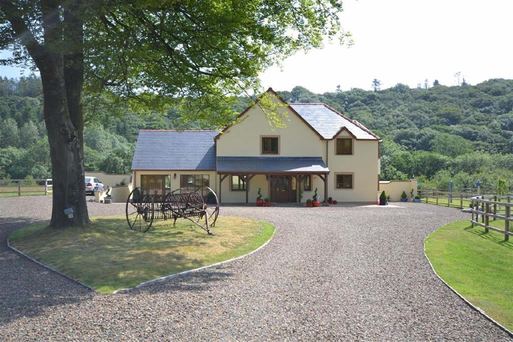 5 Bedrooms Land Commercial for sale in Treffgarne