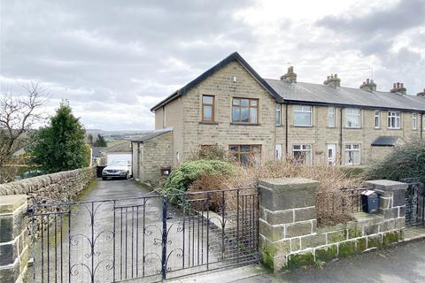 3 bedroom end of terrace house for sale - Church Street, Oakworth, Keighley, BD22