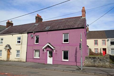 3 bedroom terraced house for sale - High Street, Abergwili, Carmarthen