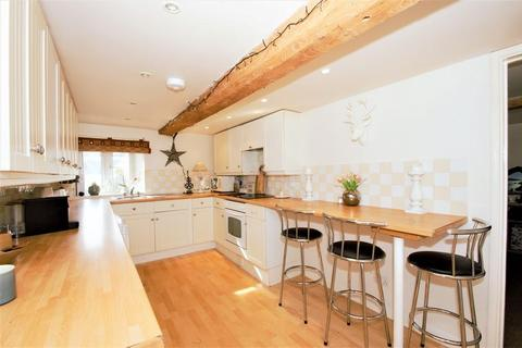 2 bedroom apartment to rent - High Street, Standlake, Oxon, OX29 7RH