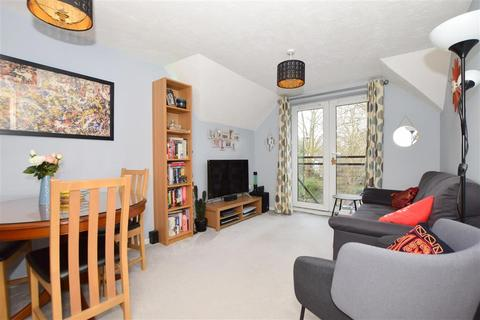 2 bedroom flat for sale - Pampisford Road, Purley, Surrey