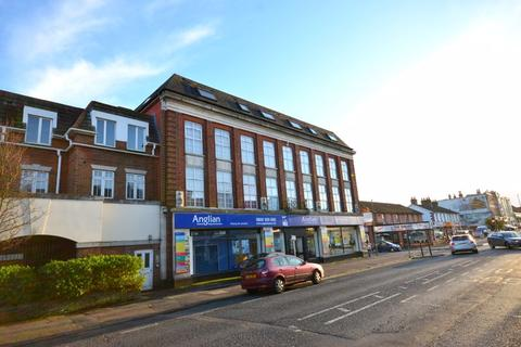 1 bedroom in a flat share to rent - 350 Holdenhurst Road, Bournemouth