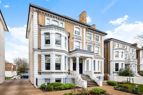 3 bedroom apartment for sale - Langley Road, Surbiton