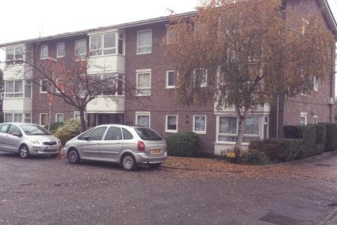 2 bedroom apartment to rent - CARTERS CLOSE, WORCESTER PARK KT4