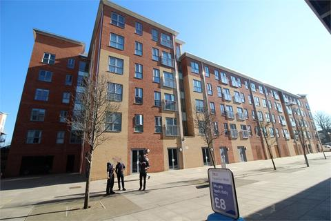 2 bedroom apartment to rent - Englefield House, Moulsford Mews, READING, RG30