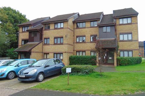 1 bedroom flat to rent - Littlebrook Avenue, Burnham