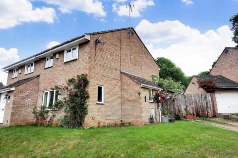 3 bedroom semi-detached house for sale - Retford Court, Goldenash, Northampton, NN3