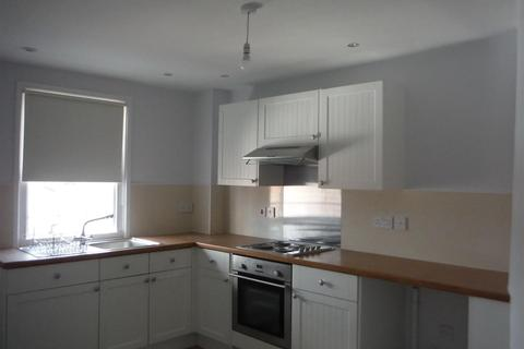 2 bedroom flat to rent - Market Place, Devizes