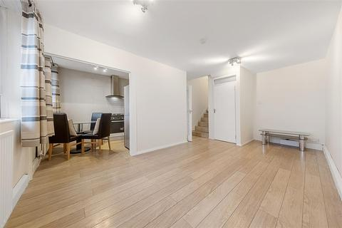 3 bedroom flat to rent - Semley Place, SW1W